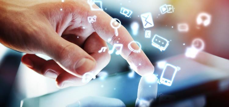 Desenvolvimento dos canais de comunicação e distribuição apoiados na internet